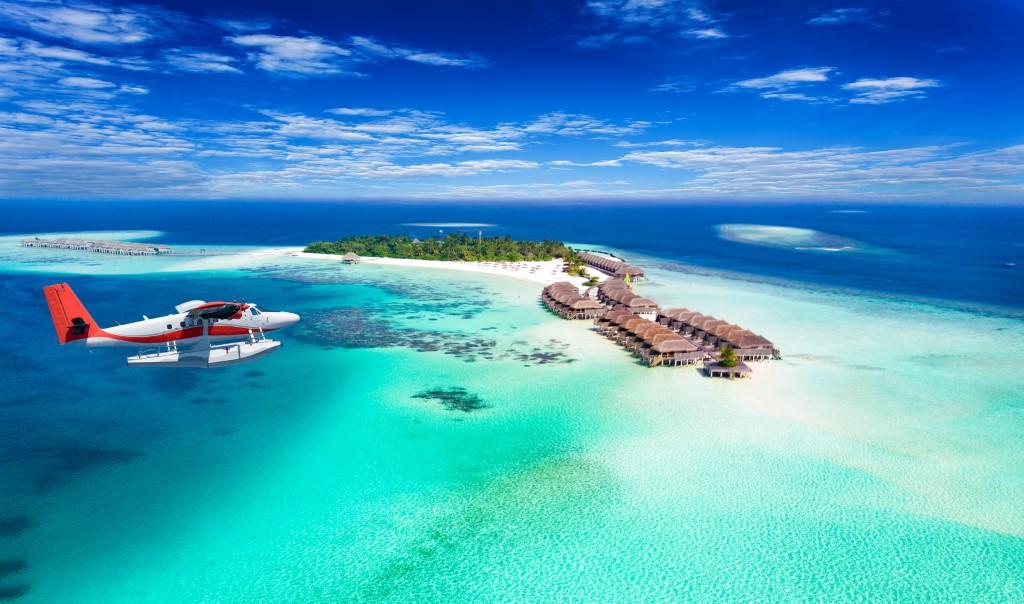 Bora Bora Or Maldives? Which Destination Is Better For YOUR Trip?